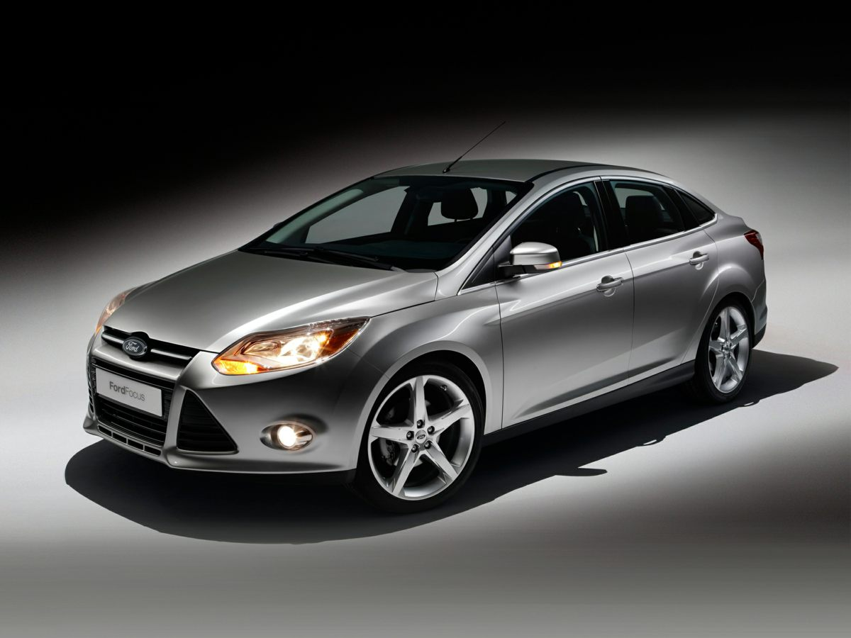 Pre Owned 2012 Ford Focus Se Fwd 4d Sedan